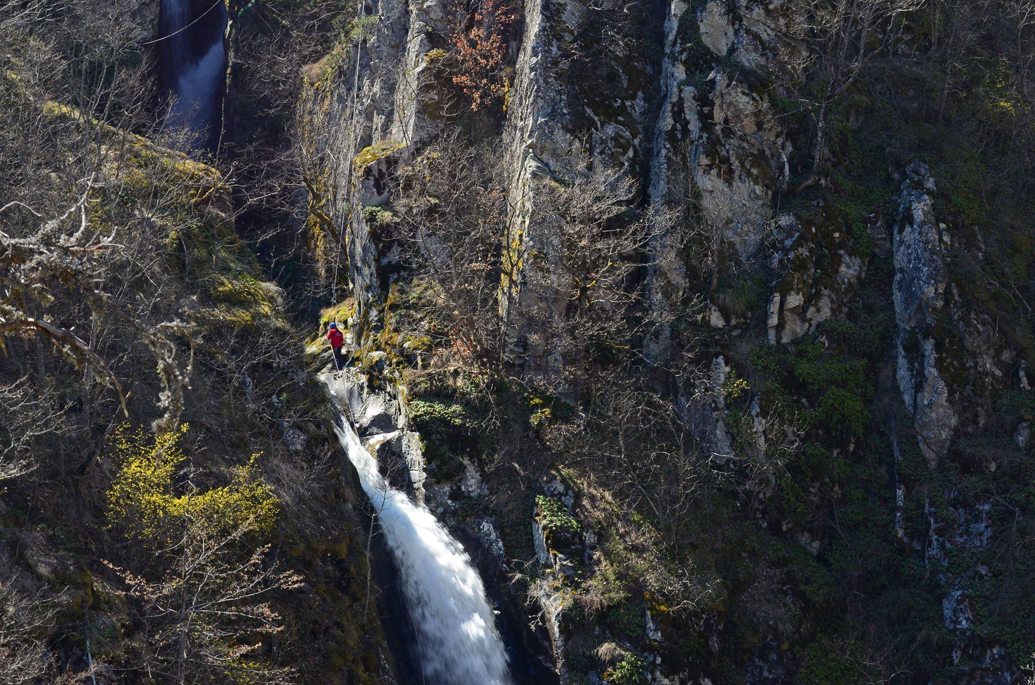 19.04.10 - fotinski vodopadi